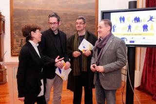 Imaxe da presentación do programa en María Pita. Foto: La Opinión de A Coruña.