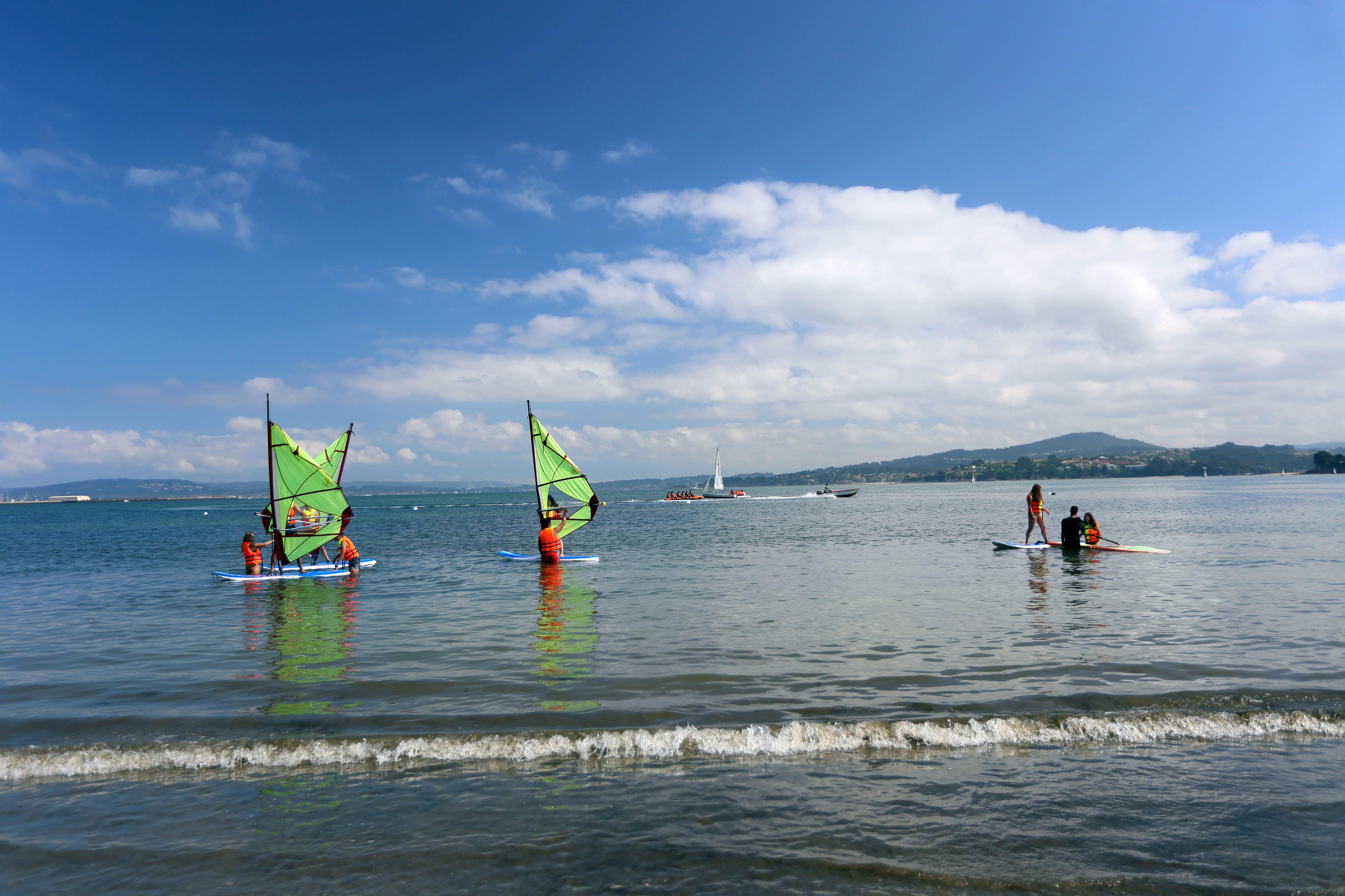 Tamén realizaron actividades de mar e outras de aire libre no albergue xuvenil de Gandarío (Bergondo - A Coruña)