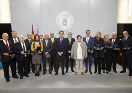Feijóo dice que los grandes cambios que experimentó Galicia en las últimas décadas no se explican sin el binomio emigración-democracia