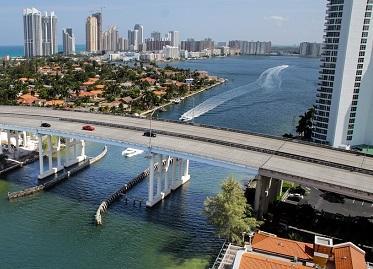 Charla informativa sobre temas de emprego e seguridade social que afectan ás e aos españois no estranxeiro, en Miami