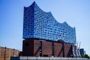 Seminarios gratuitos en español sobre autónomos/as, en Hamburgo