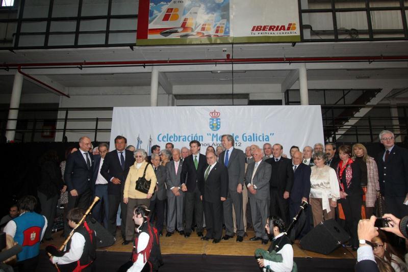 Feijóo coa colectividade galega, no Centro Galicia de Buenos Aires.