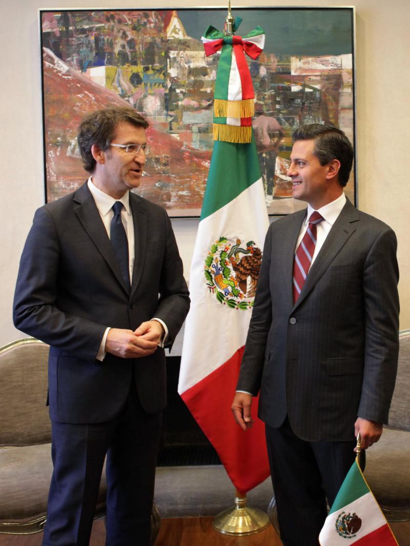El presidente de la Xunta, en la reunión que mantuvo hoy con el titular del Gobierno de México, Enrique Peña Nieto.