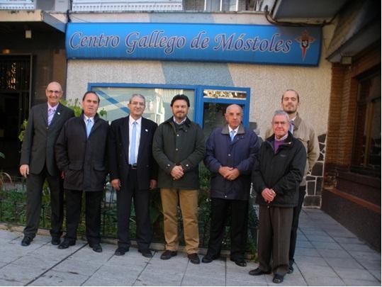 Visita do secretario xeral ao Centro Galego de Móstoles