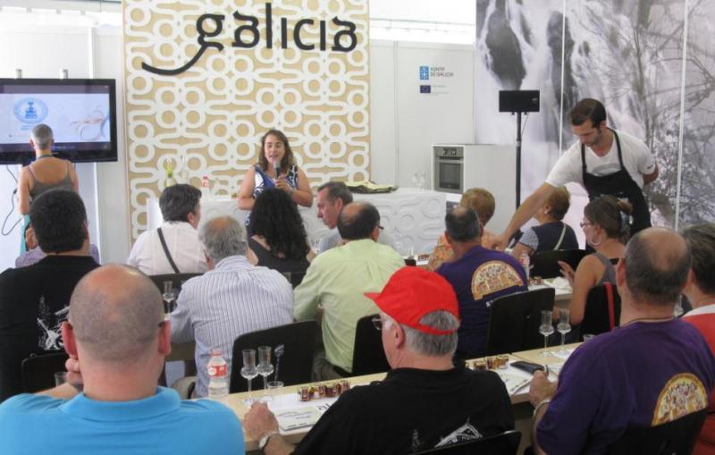 Actividades como las aulas de catas gozaron de gran aceptación entre el numeroso público que pasó por las áreas expositivas