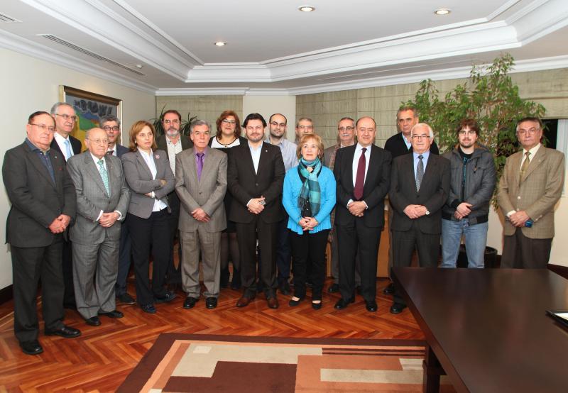 Miranda presentoulles aos directivos e directivas das entidades galegas de Madrid as liñas de actuación de Emigración para 2014