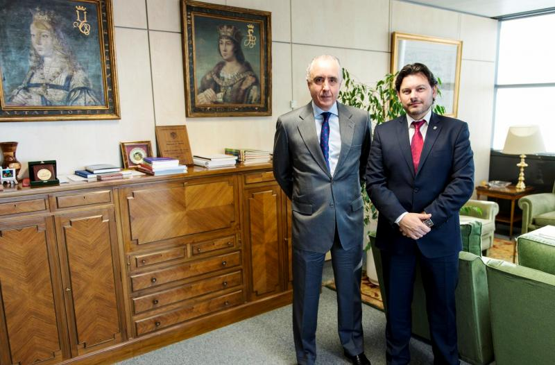 O secretario xeral da Emigración, Antonio Rodríguez Miranda, e o director xeral para Iberoamérica, Pablo Gómez de Olea, durante a reunión celebrada no Ministerio de Asuntos Exteriores e de Cooperación