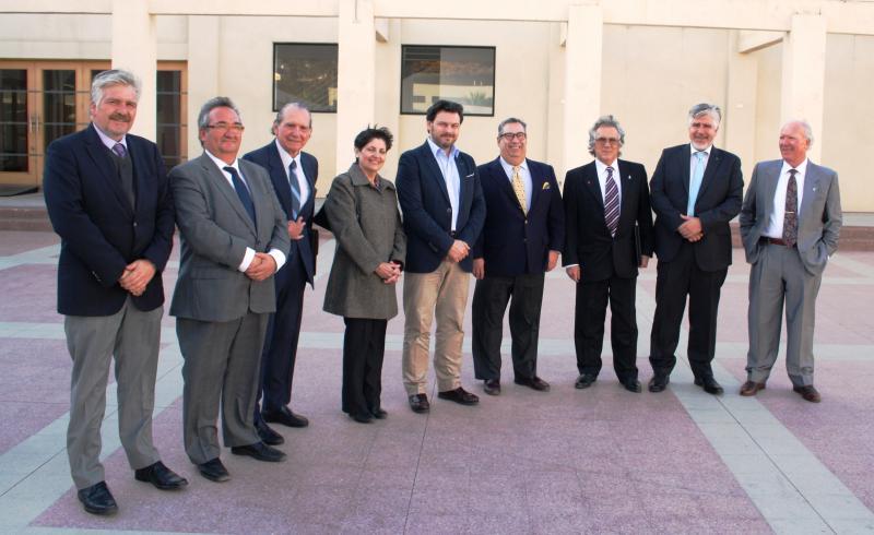 El secretario xeral da Emigración en su visita al Estadio Español de Valparaíso-Viña del Mar