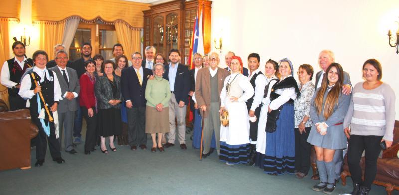 En la imagen, Antonio Rodríguez Miranda en el encuentro con la colectividad gallega de Valparaíso