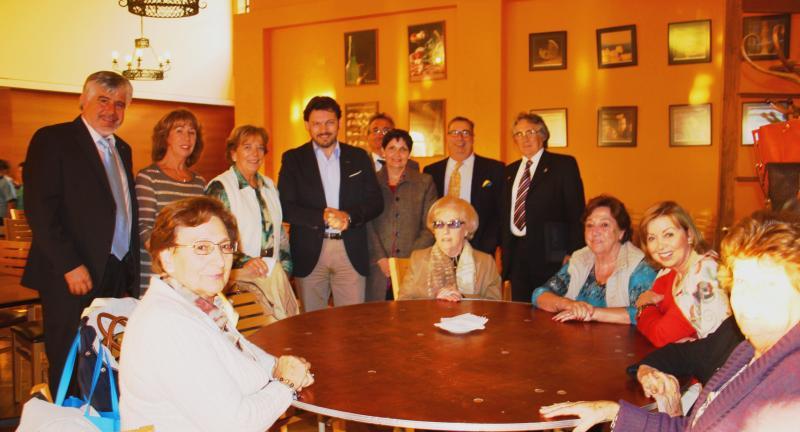 El responsable de Emigración del Gobierno gallego también se reunió con las Damas de Beneficencia Española Valparaíso