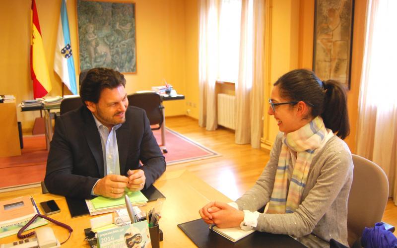 Miranda con Lorena Nieves Seoane, presidenta do  Centro Galego de Valencia