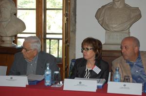 Raimundo Alfredo Otero, do Lar Gallego de Sevilla, Pilar Rodríguez, da Agrupación Hijos de Galicia de Sestao, e Ernesto Lagarón, da Agrupación Cultural Saudade de Barcelona