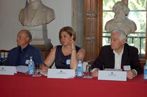 Miguel Palomo, do Centro Galego de Bruselas, Alejandra Plaza, do Centro Cultural Gallego de Frankfurt, e José Ignacio Paz Bouza, do Centro Gallego de Salamanca