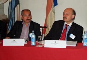 Nicolás Miño, do Centro Galego de Londres, y Alvaro Moreira, de Xuventude de Galiza-Centro Galego de Lisboa