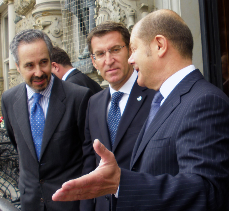 O titular da Xunta mantivo hoxe unha xuntanza co presidente e alcalde de Hamburgo, Olaf Scholz