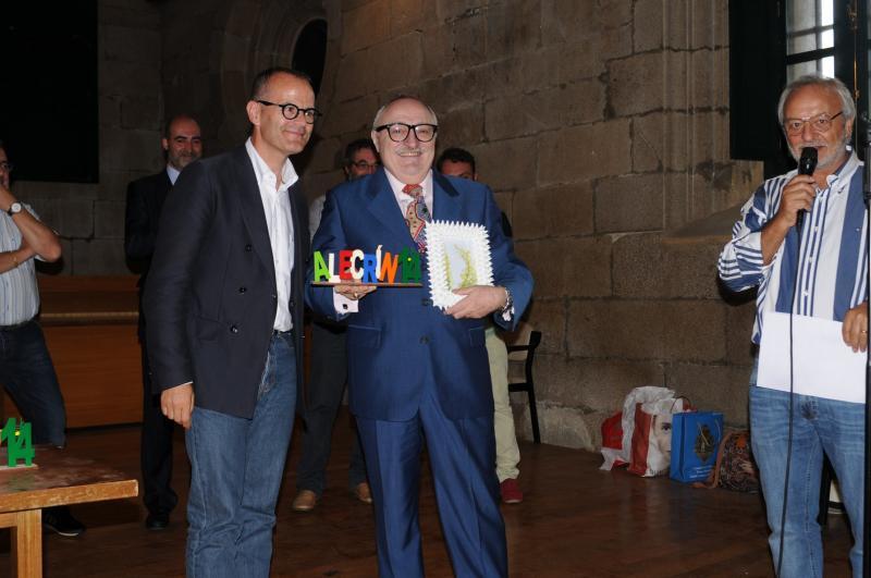 Na imaxe, Xesús Vázquez Abad co premiado humorista e dramaturgo galego Moncho Borrajo