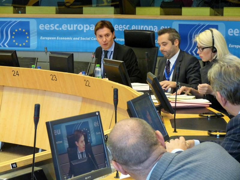 O director xeral de Relacións Exteriores e coa UE, Jesús Gamallo, participou na capital comunitaria na derradeira reunión da comisión de Cidadanía, Gobernanza e Asuntos Institucionais e Exteriores (CIVEX)
