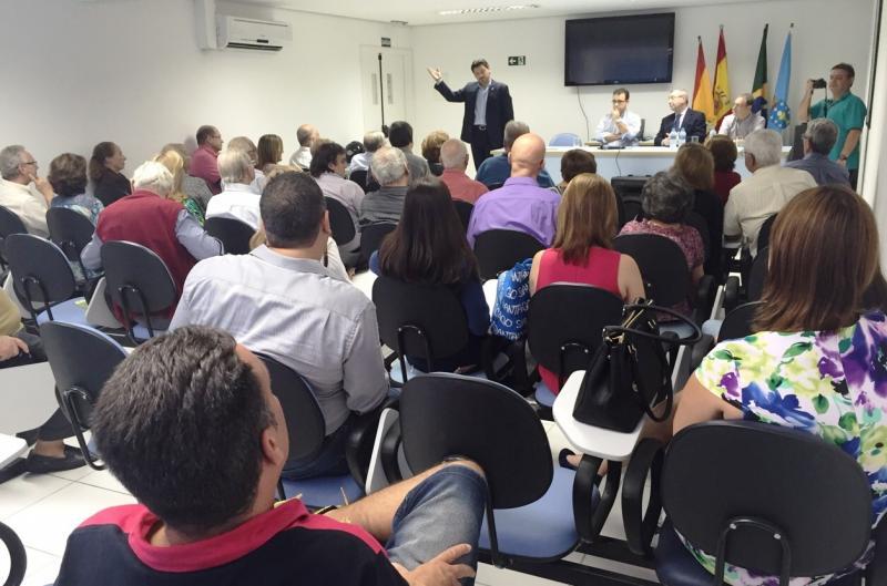 O secretario xeral da Emigración visitou tamén o Centro Espanhol e Repatriaçâo de Santos, entidade distinguida en 1997 coa Medalla de Galicia na súa categoría de Prata