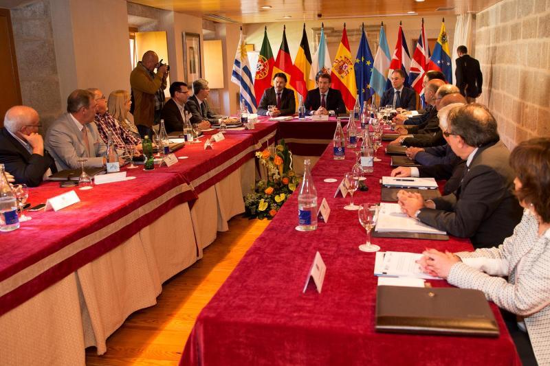 O presidente da Xunta clausurou este mediodía o encontro anual da Comisión Delegada do Consello de Comunidades Galegas. Foto: Xoán Crespo