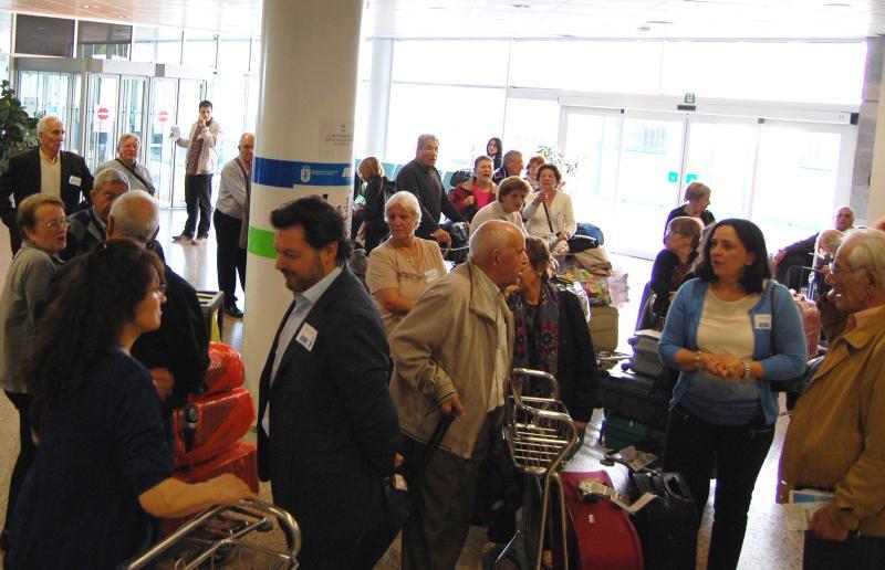 A aeropuerto de Alvedro (A Coruña) llegaron las y los participantes de Argentina y Uruguay