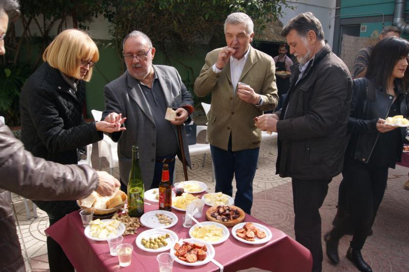 A Asemblea Xeral Anual, unha mesa redonda sobre a diáspora galega e a nosa música e gastronomía tradicionais centraron este día de celebración da entidade galega na capital valenciana