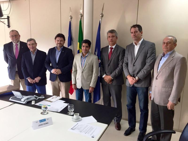 Imaxe da reunión de Miranda con Antonio Carlos Peixoto de Magalhães Neto, prefeito de Salvador de Baía