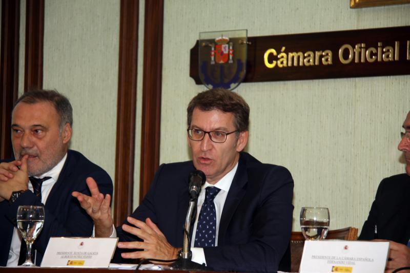 El titular de la Xunta participó hoy en un encuentro empresarial en la Cámara Oficial Española de Comercio de Uruguay.