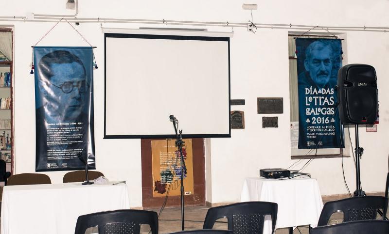 No acto de celebración da gran festa da cultura galega léronse poemas de Manuel María e Francisco Luís Bernárdez e proxectouse un documental sobre a figura do escritor da Terra Chá