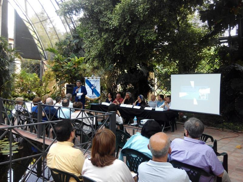 O Centro Galego de Valencia celebrou as Letras Galegas 2016 no Xardín Botánico da capital do Turia