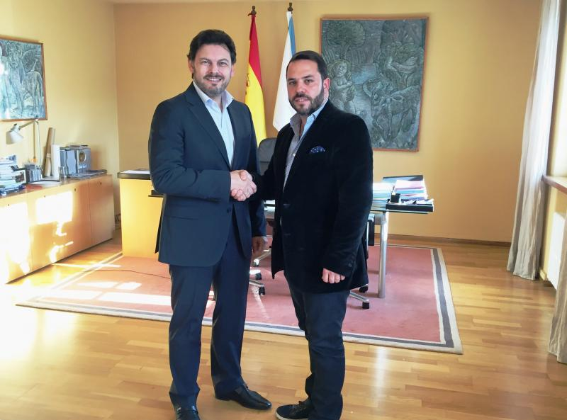 Miranda e Gastón durante a xuntanza mantida no despacho do secretario xeral da Emigración en Santiago de Compostela