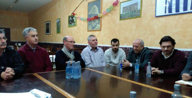 Imaxe da xuntanza desta mañá en Badalona