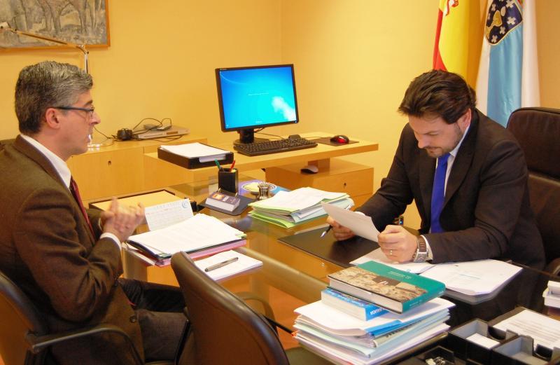 En la imagen, Ildefonso de la Campa (a la izquierda) y Antonio Rodríguez Miranda