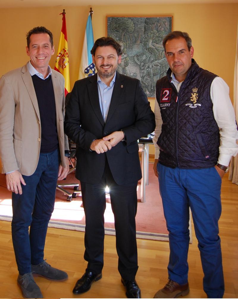 De esquerda a dereita: González, Miranda e Alejandro, durante a reunión de esta mañá en Santiago de Compostela