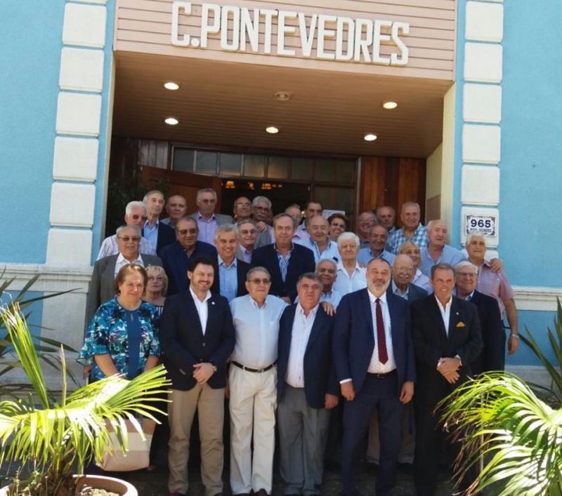 Miranda, Varela e Dobarro, coas e cos representantes das comunidades galegas no Uruguai