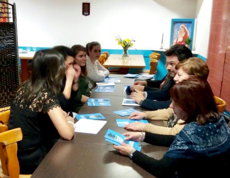 O secretario xeral da Emigración, cas representantes de entidades galegas de Xenebra e Lausanne