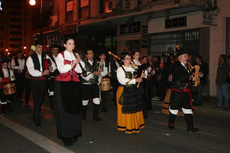 El Centro Galego de Valencia participó en las tradicionales 'mascletà' y en la Ofrenda a la Virgen de los Desamparados