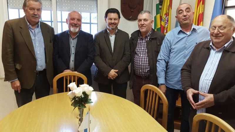 El secretario xeral da Emigración visitó también el Centro Galego 'Nós' de Sabadell