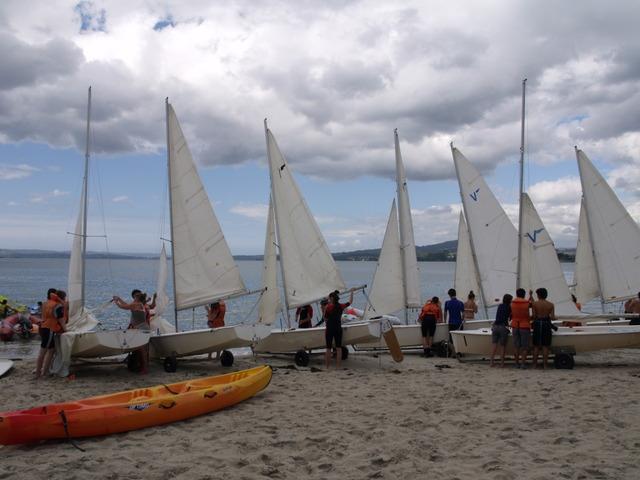 Na foto, unha das actividades de mar e de praia na Residencia xuvenil de Gandarío (Bergondo - A Coruña)