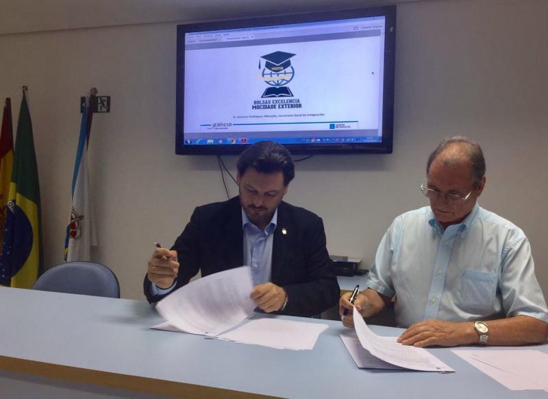 Miranda asinou un convenio en materia socioasistencial coa Sociedade 'Rosalía de Castro' de Santos