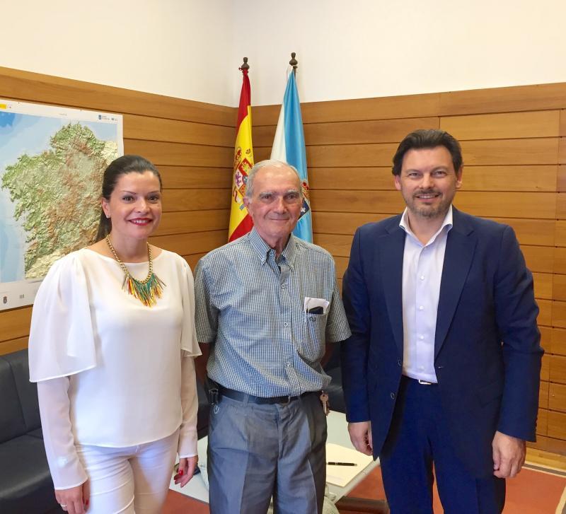 Arévalo, Leirós y Miranda, en el despacho de este último en Santiago de Compostela