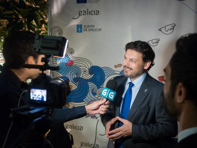El secretario xeral da Emigración afirmó en Nueva York que 'los gallegos hemos conseguido cuotas hace bien poco inimaginables de éxito en todo el mundo. En los ámbitos empresarial, educativo, deportivo, económico, político, cultural, de todo tipo, hay un gallego en la cumbre'