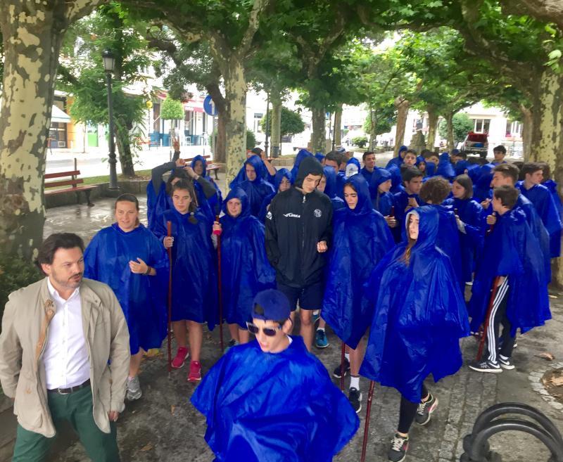 Miranda invita aos rapaces do 'Conecta con Galicia' a afondar nas ligazóns coa súa terra de orixe