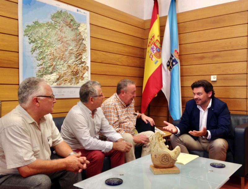 UAGALCAT (Unión de Asociacións Galegas de Catalunya), agrupa a máis de mil socias e socios en total