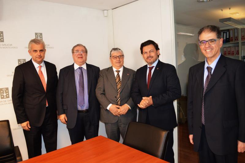 Imaxe da sinatura do convenio de colaboración coa Asociación Española Primera de Socorros Mutuos