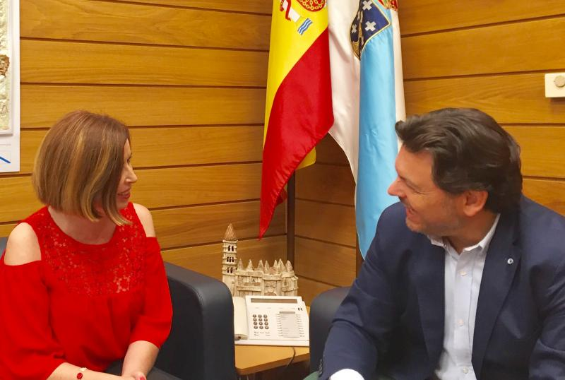 O secretario xeral da Emigración recibiu a Pilar Rodríguez, presidenta da entidade e da 'Agrupación Fillos de Galicia' de Sestao, que é membro electo da Comisión Delegada do Consello de Comunidades Galegas