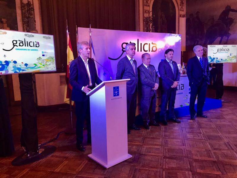 """O vicepresidente da Xunta, Alfonso Rueda, e o secretario xeral da Emigración, Antonio Rodríguez Miranda, participaron na inauguración das xornadas """"Obradoiro de Sabores"""""""
