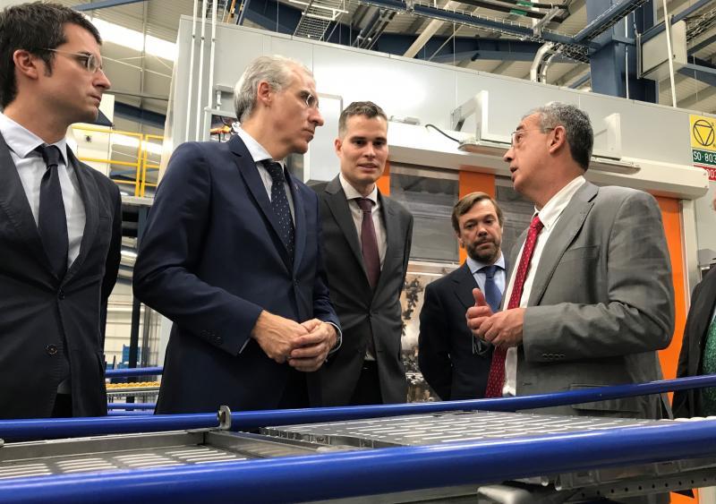 O conselleiro de Economía, Emprego e Industria visitou a nova planta de Viza en Puebla