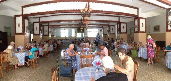 O Hogar San Vicente Paúl (en Naguanagua, Valencia - Venezuela) é un dos máis de douscentos Fogares que a congregación das Hermanitas de los Ancianos Desamparados ten espallados nun total de 19 países (na súa maioría en América Latina)