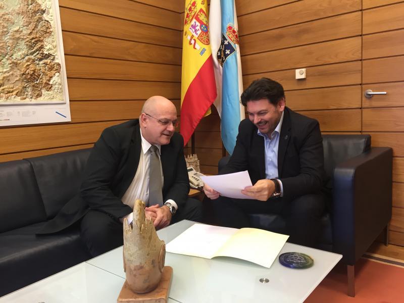 O secretario xeral da Emigración planifica as bases da cooperación entre ambas institucións de cara a 2018 con José Antonio Solana