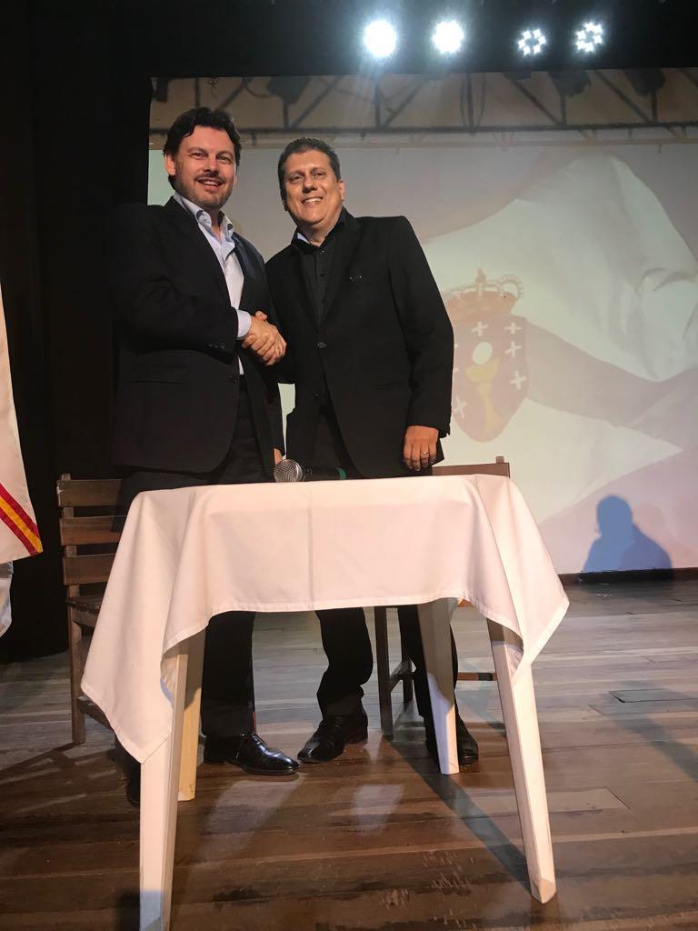 Sinatura do convenio de colaboración coa Asociación Cultural Cabaleiros de Santiago